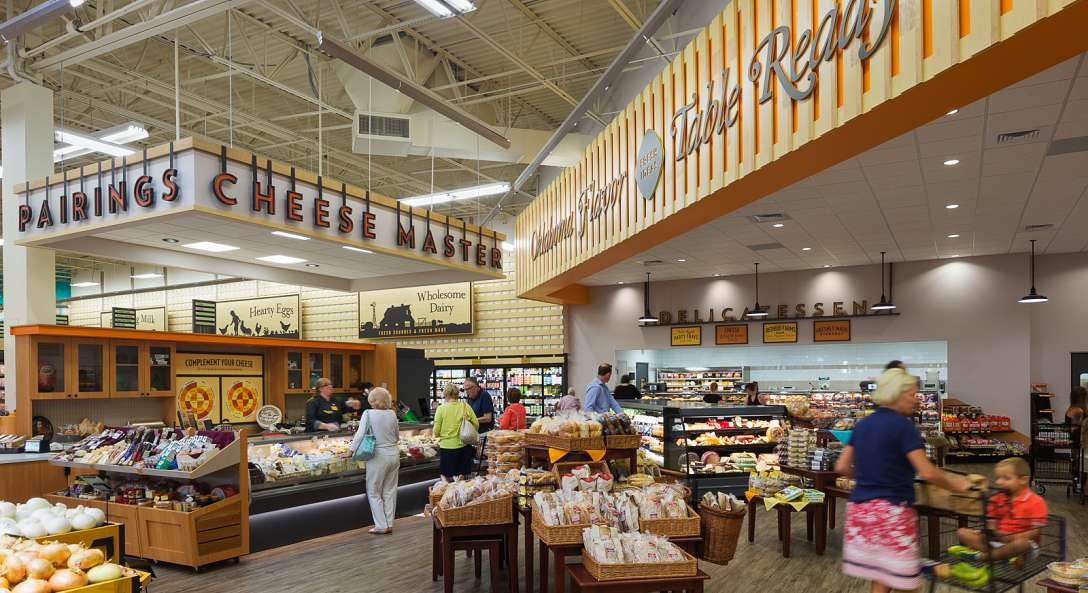 Tables Come To Life At The New Reasor's In Tulsa, Oklahoma